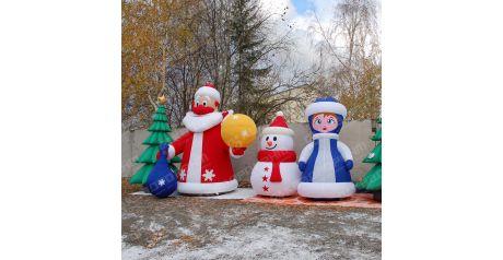 Надувные новогодние пневмофигуры поздравляют всех с наступающим годом!