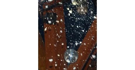 Фото спецэффектов: мыльные пузыри и снег с корпоратива известной компании